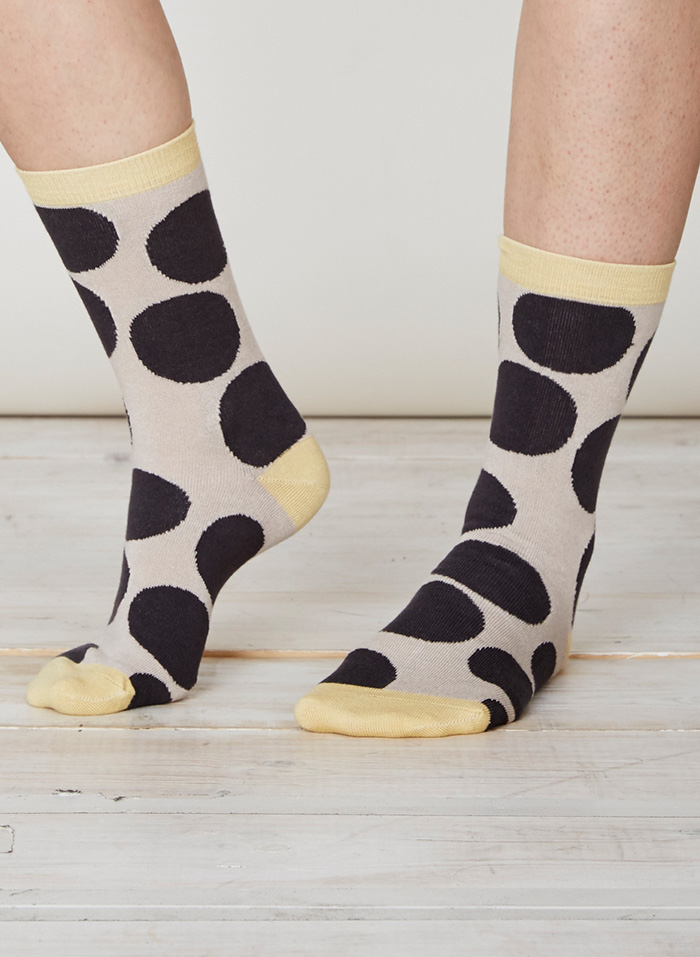 SPW217-Luna-Bamboo-Socks-Charcoal-Front
