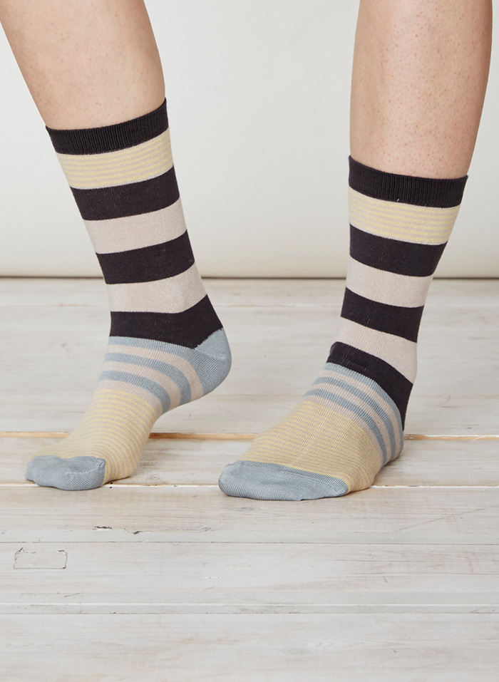 SPW218-Britta-Bamboo-Socks-Charcoal-Front