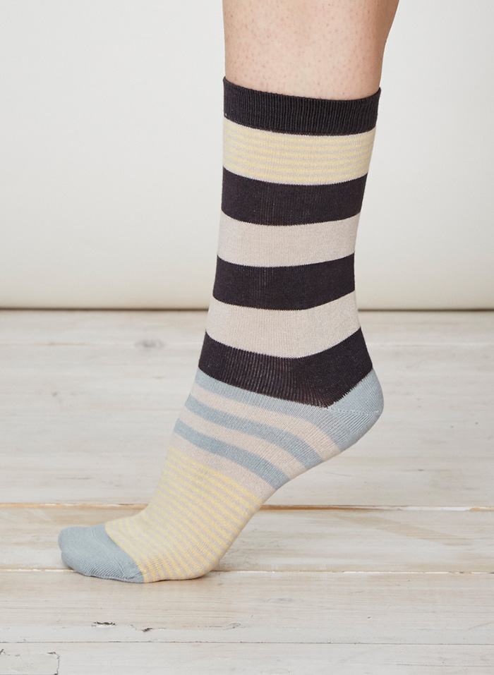 SPW218-Britta-Bamboo-Socks-Charcoal-Side