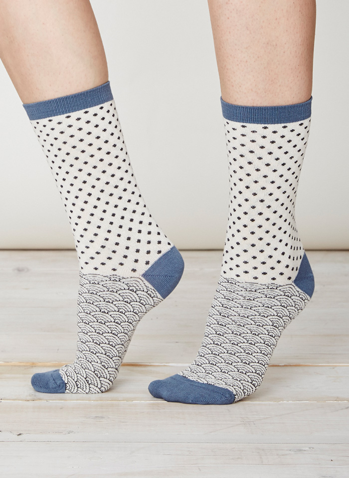 SPW219-Wren-Bamboo-Socks-Lily-White-Front