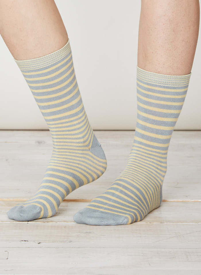 SPW220-Lillian-Bamboo-Socks-Maize-Front