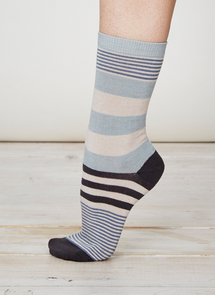 SPW218-Britta-Bamboo-Socks-Duck-Egg-Side