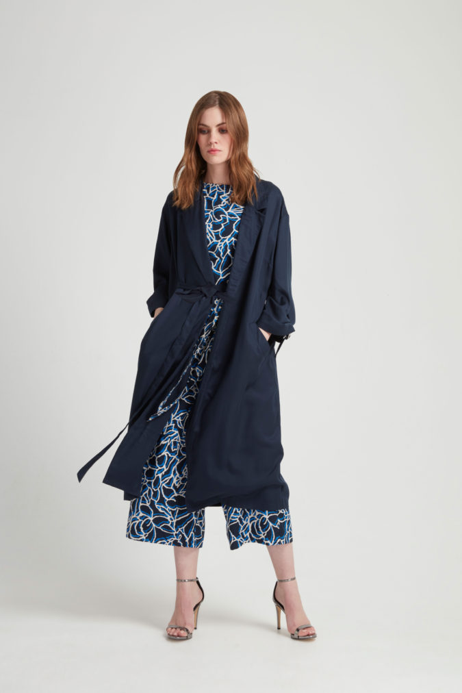 elma-duster-coat-in-navy-22ad0aba703b 2