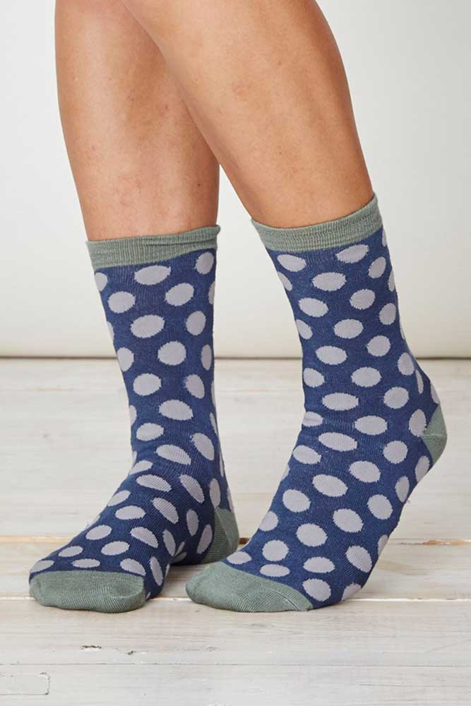 sp229-blot-socks-steel-thought