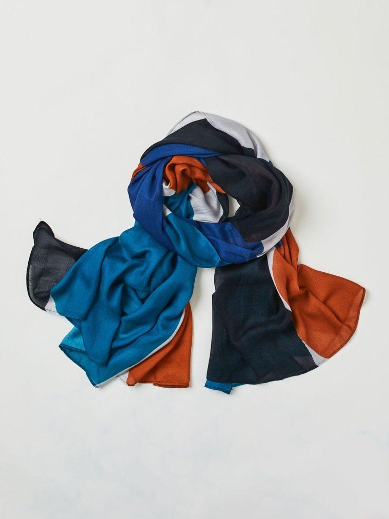 wac3336-raya-patterned-bamboo-scarf-1.1504637259