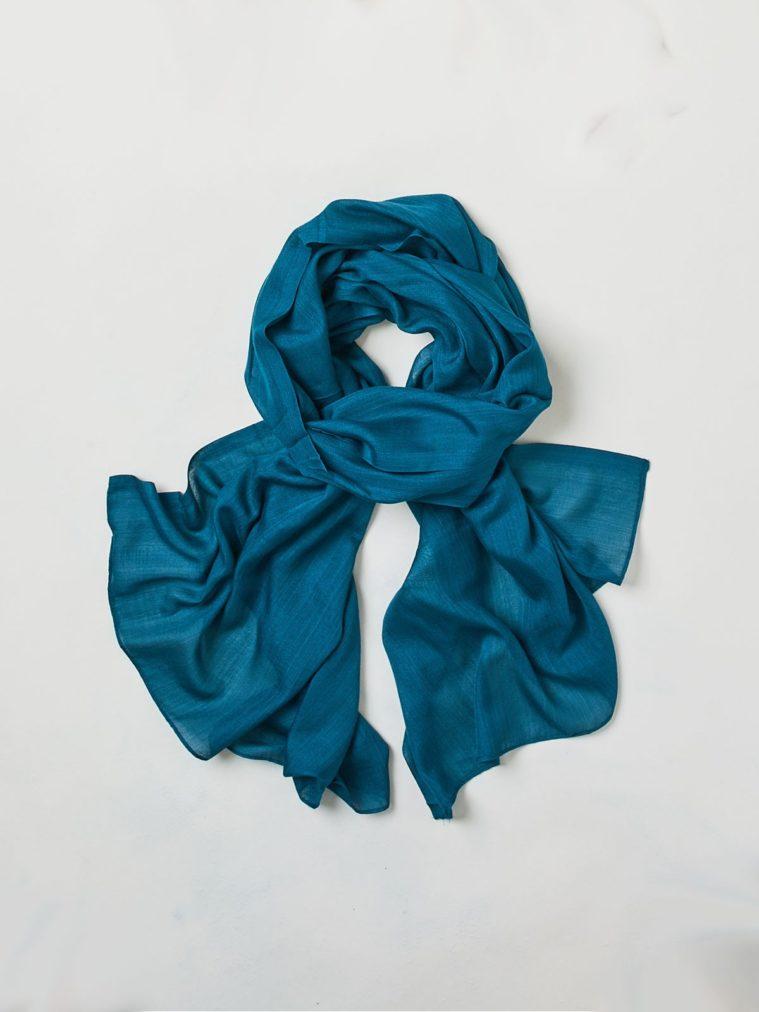wac3418-zinnia-plain-bamboo-scarf-kingfisher_3.1504665818