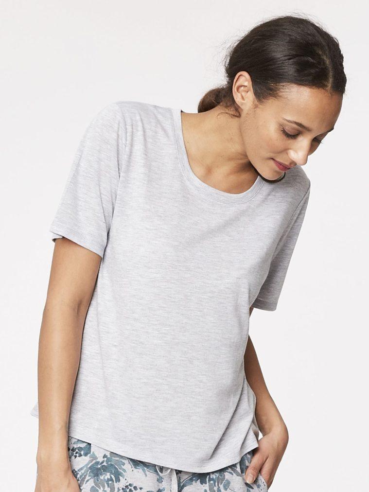 wwb3192-zuri-bamboo-organic-cotton-pyjamas-top-floral-baret-front-close.1504655288 (1)