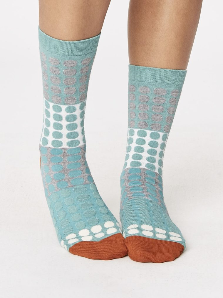 eva-checkered-bamboo-socks-sage-front-close-both-feet-spw241sage.1504655563