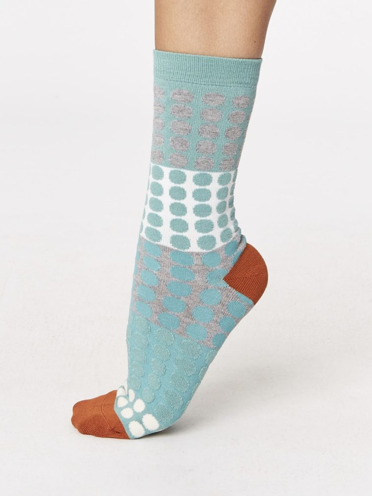 spw241-eva-checkered-bamboo-socks-sage-side-one-foot-spw241sage.1504655565