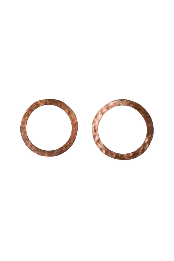 simple-circle-earrings-in-copper-d0015a6fccef