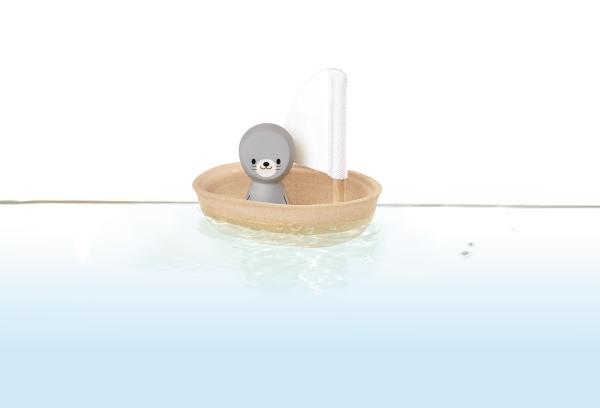 5710_Sailing_Boat-Seal(1)