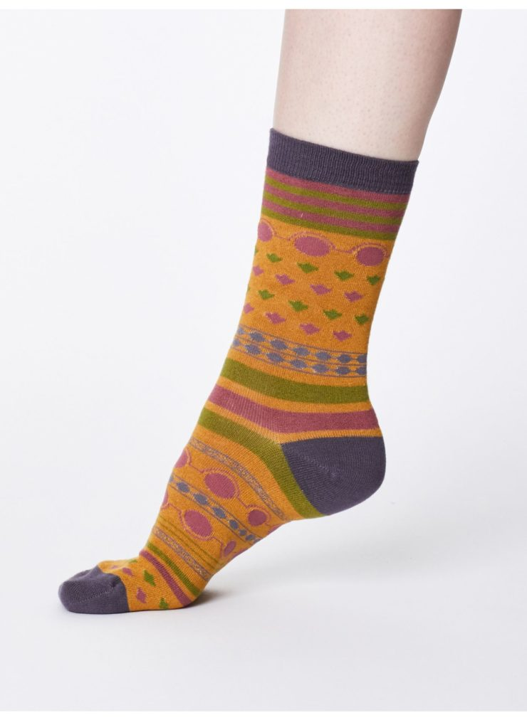 spw311-river-blue_spw311-mustard--panvy-soft-breathable-bamboo-socks-0007.jpg