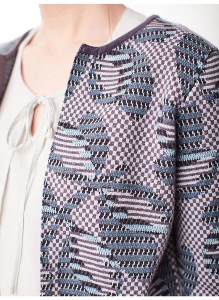 wwj3801-slate-grey_wwj3801-slate-grey--gertie-luxe-grey-printed-cardigan-0008.jpg