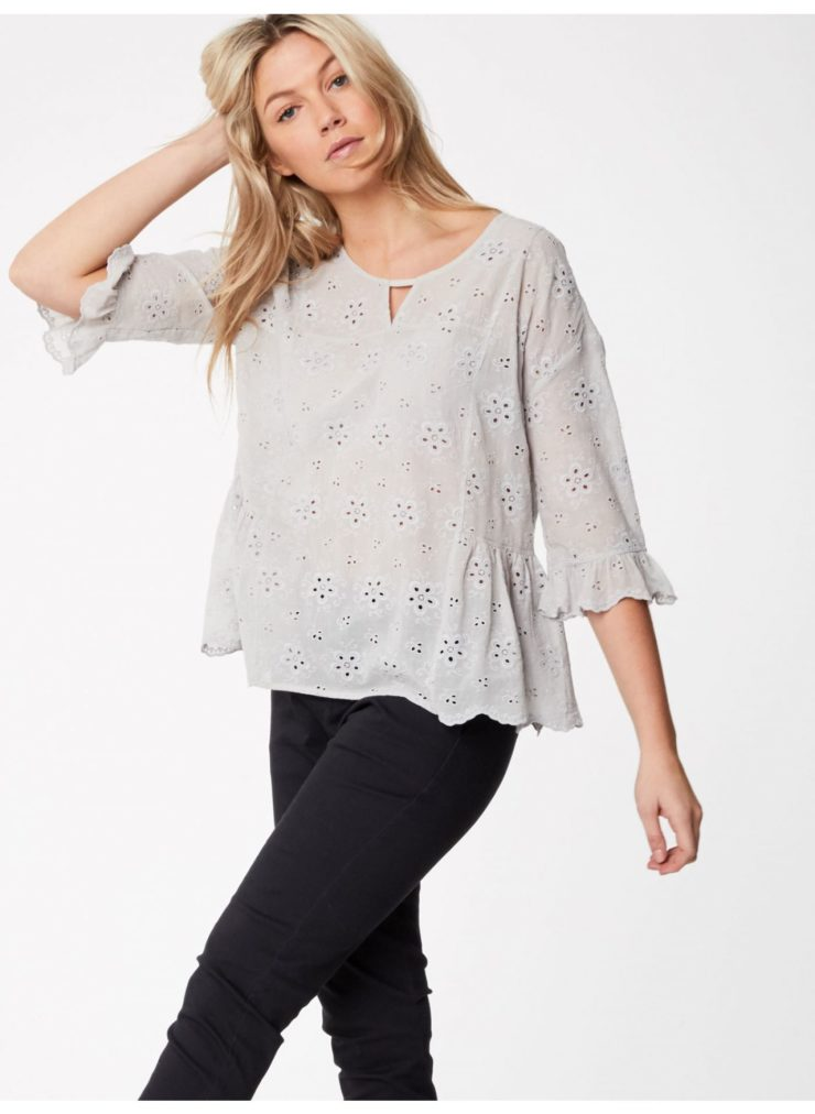 wwt3772-mist_wwt3772-mist--katka-floaty-fit-organic-cotton-blouse-0009.jpg