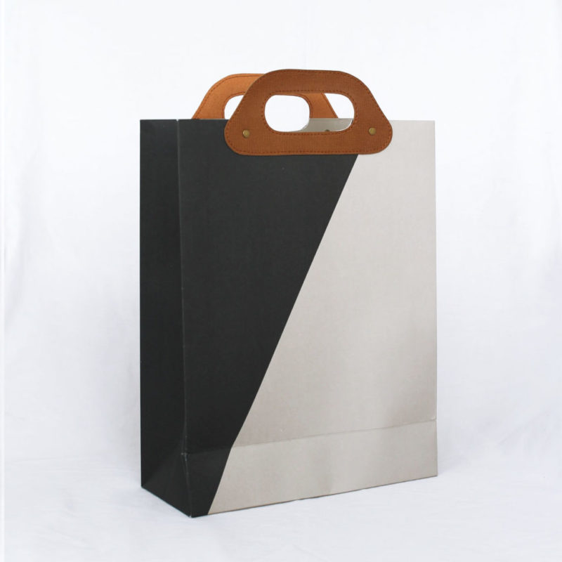 Giftbag_HAPPYbag_black_nougat-1024x1024