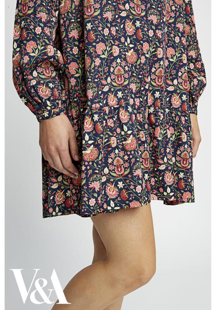 va-yasmin-print-flared-dress-b937ef6ae8ed6