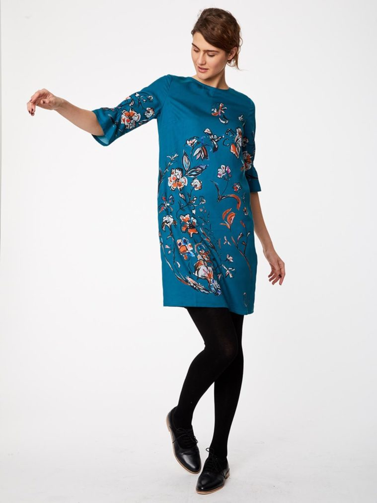 wwd3898-kingfisher_wwd3898-kingfisher--flower-study-teal-floral-print-shift-dress-0001.jpg