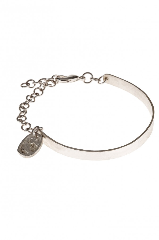 chain-detail-bangle-in-silver-2b020778ce78